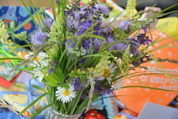 Ellas Geburtstagsstrauß Naturblumenstrauß