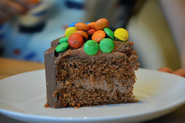 Kindergeburtstag Torte Schokolade