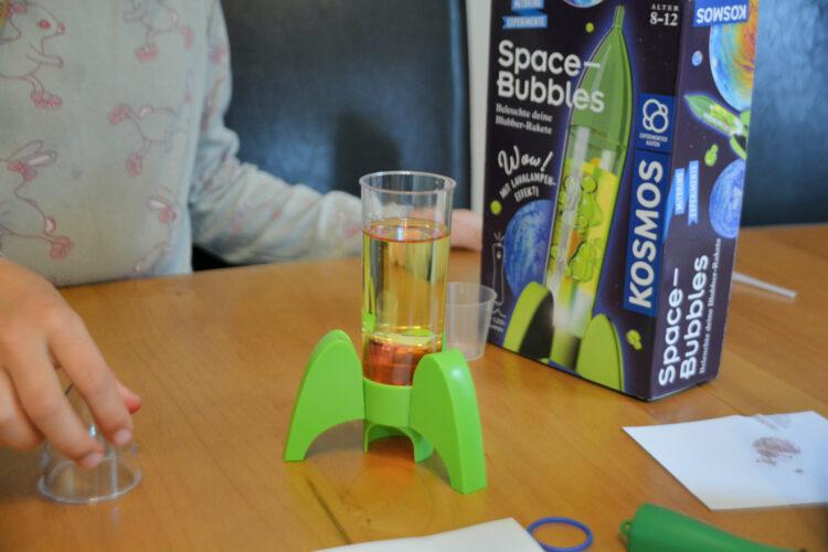 Kosmos Mitbring Experimente: Space-Bubbles