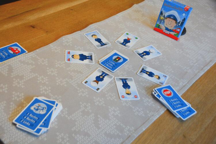 Rinks & Lechts Kartenspiel
