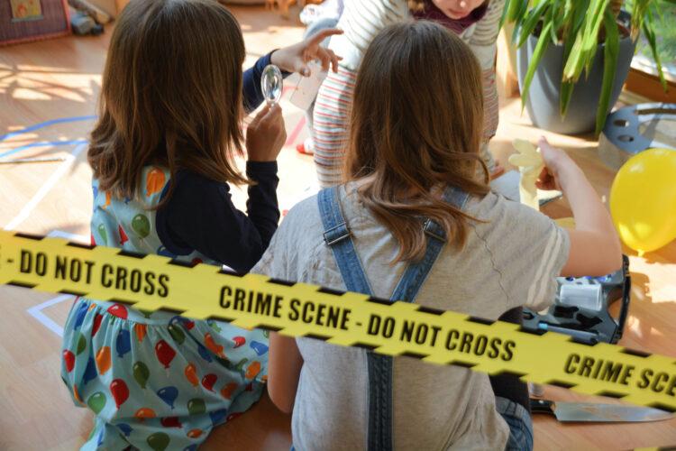 Kinder Spuren sichern