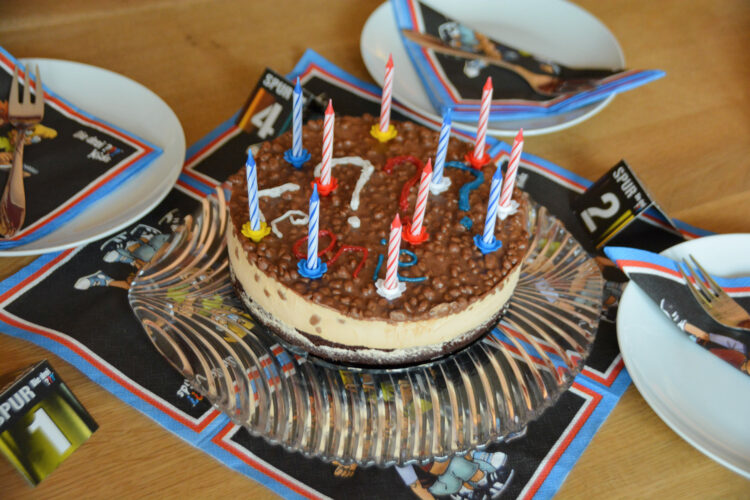 Daim Geburtstagstorte drei ???