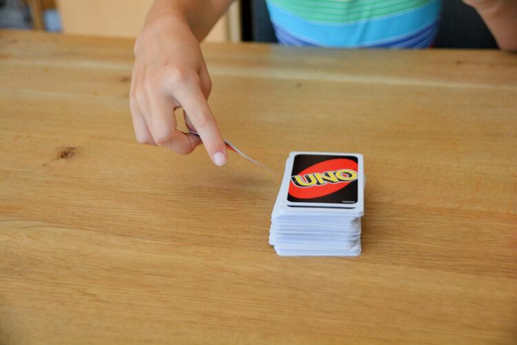 Kartenspiel Kinder UNO